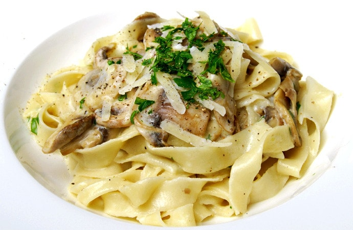 Handmade Tagliolini with Mushrooms